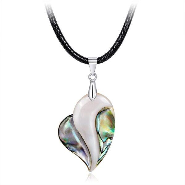 Pendentif coeur coquille d'ormeau